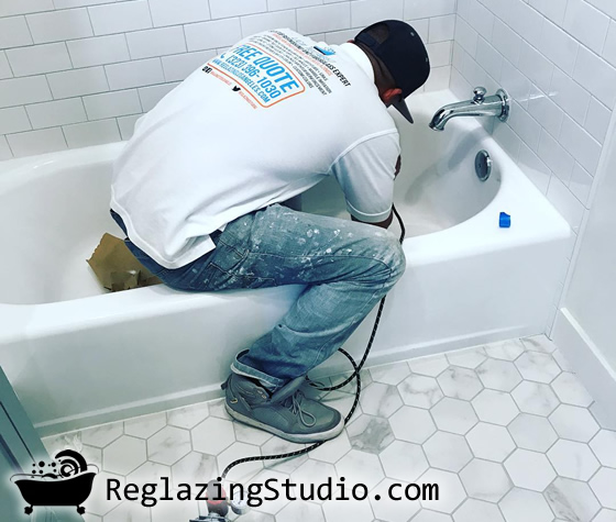 Bathtub reglazing refinishing los angeles