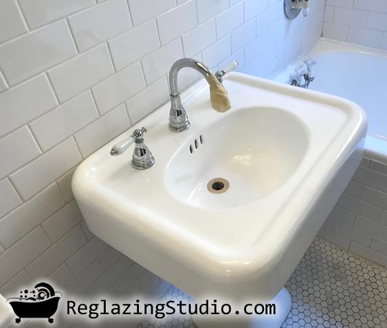 Bathroom Sink Professional Refinishing